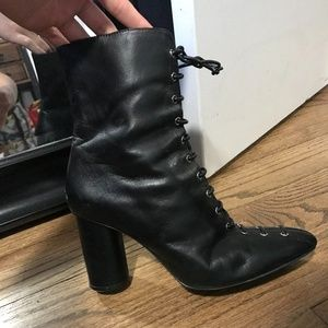 Zara FW2019 LACED LEATHER HEELED ANKLE BOOTS